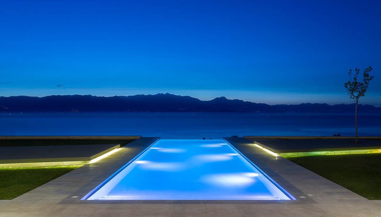 pvc arme service plus piscine et spa. Black Bedroom Furniture Sets. Home Design Ideas